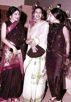 Vyjayanthimala, Nutan and Geeta Bali Three of the most successful of # Bollywood all time. Bollywood Photos, Bollywood Saree, Indian Bollywood, Bollywood Actors, Bollywood Celebrities, Bollywood Fashion, Old Film Stars, Indian Star, Vintage India