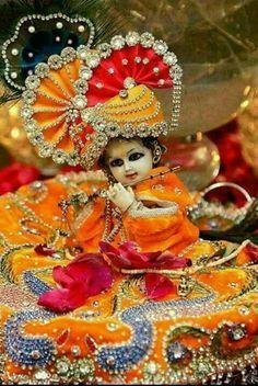 Bala Krishna.... Krishna Hindu, Krishna Statue, Jai Shree Krishna, Cute Krishna, Lord Krishna Images, Radha Krishna Pictures, Radha Krishna Photo, Krishna Radha, Jai Hanuman