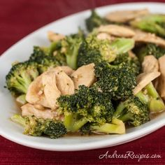 Chinese Chicken and Broccoli, one of my family& favorite easy weeknight meals - Andrea Meyers Asian Recipes, New Recipes, Favorite Recipes, Healthy Recipes, Chinese Recipes, Yummy Recipes, Dinner Recipes, Recipe For Chinese Chicken And Broccoli, Asian Food Recipes