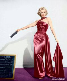 Marilyn in Fuschia