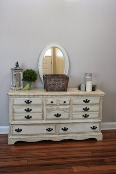 Great colors: Painted dresser using Annie Sloan Chalk Paint in Old White and Annie Sloan dark wax. Annie Sloan Painted Furniture, Painting Old Furniture, Distressed Furniture, Furniture Layout, Furniture Projects, Diy Furniture, Diy Projects, Bedroom Furniture Makeover, Refurbished Furniture