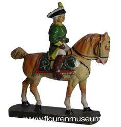Preußen - Alter Fritz und Generalstab aus Masse Hausser Elastolin http://figurenmuseum.de/s/cc_images/cache_2457575305.jpg?t=1428153523