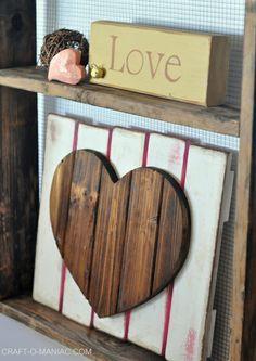DIY Rustic Heart Gate! #diy #valentinesdecor