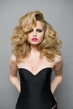Photo inspiration, coiffure et maquillage soirée!