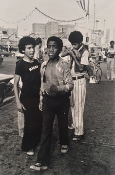 arlene gottfried spent decades capturing the wild energy of nyc - Historical Fashion Street Photography, Fashion Photography, New York City, Documentaries, Portrait, Polaroids, Posters, Pictures, Artist