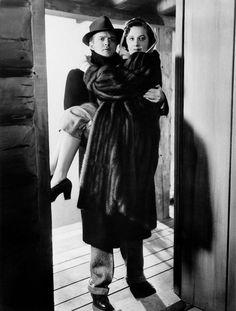 404 Best Barbara Stanwyck images | Barbara stanwyck, Classic ...