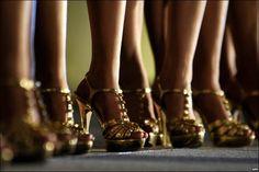 FG bans high-heels shoes http://ift.tt/2xjr4js