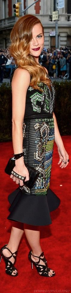 Brooklyn Decker at the 2013 Met Gala I love her shoes.