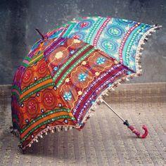 Rajastani umbrella.... i waaanttt it