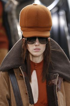 See the complete Marc Jacobs Fall 2017 Ready-to-Wear collection.