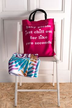 Buy this pink bag - http://www.wayfarer.cz/damske-tasky-pres-rameno