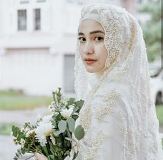 ideas bridal hijab dresses muslim brides for 2019 Wedding Abaya, Hijabi Wedding, Muslimah Wedding Dress, Muslim Wedding Dresses, Muslim Brides, Boho Wedding, Bridal Dresses, Bridesmaid Dresses, Trendy Wedding