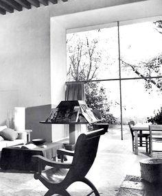 Estancia, Casa Barragán, Calle Francisco Ramirez, Tacubaya, México DF    Arq. Luis Barragán -    Living room, Casa Barragan, Tacubaya, Mexico City