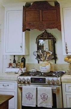 Warm Kitchens at ModVintageLife.com