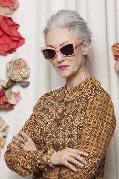 Especial da Maturidade   Senhoras e estilosas: Looks, perfis para seguir, cabelos brancos e elegância na terceira idade
