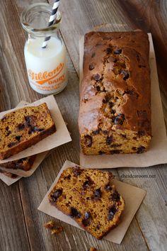 Pumpkin Chocolate Chipe Bread Recipe with Cinnamon Glaze | theidearoom.net