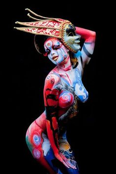 Body Painted to express inner spirit. Mascara Pintura, Painting Tattoo, Painting Art, Skin Art, Body Painting Festival, World Bodypainting Festival, Hand Art, Arte Fashion, Face And Body