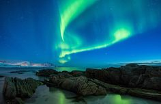 ¿Alguna vez has pasado una noche de invierno al aire libre en las Islas Lofoten? En ese caso, quizás hayas sido testigo de uno de los fenómenos más magníficos que la naturaleza puede ofrecernos: la...