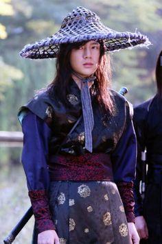 Jang Geun Suk as the Prince in Hong Gil Dong