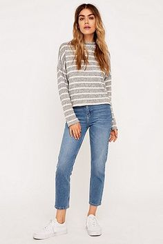BDG Girlfriend Light Blue Cropped Skinny Jeans - Urban Outfitters