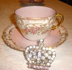 e2100c7c5c398ace7c0b9b4093cbcb08--limoges-china-vintage-tea.jpg (736×717)