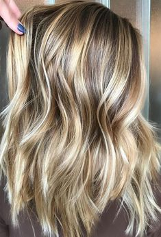 Color Ideas for Thick Hair 2018 Dimensional Blond