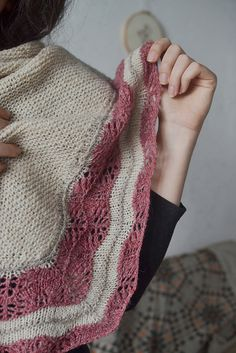 http://www.ravelry.com/patterns/library/selkie-8