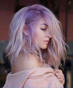 Nude Lavender ❤️ Lavender hair color is one of the most requested shades ever. It's time to fall in love with the stylish hair color and see how to pull it off awesomely. Lavender Hair Colors, Vibrant Hair Colors, Lilac Hair, Short Lavender Hair, Hair Color Shades, Hair Color Purple, Purple Roses, Black Hair Ombre, Stylish Hair