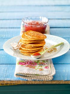 Kleine Pfannküchlein mit Buttermilch zum Frühstück