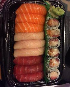 ... Nigiri Sushi, Sushi Rolls, Shaggy, Japanese Food, Tuna, Salmon, Food And Drink, Dog, Ethnic Recipes