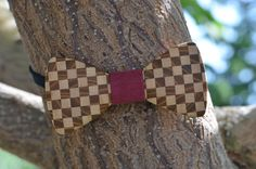 """A unique wooden bow tie is from several types of wood (maple, mulberry) using sticking technique to create A """"Chess"""" effect. The opposite side has a classic oak wood look. Wooden Bow Tie, Types Of Wood, Chess, Bows, Create, Classic, Unique, Accessories, Wood Types"""