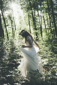 Finearts, bryllupsfotograf og historieforteller. Tilgjengelig på verdensbasis- Based in Lofoten Islands, Norway. finearts,wedding,bryllupsfotograf,historieforteller, Lofoten, Victorian, Wedding Dresses, Fashion, Bride Dresses, Moda, Bridal Gowns, Fashion Styles, Weeding Dresses