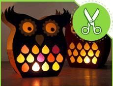 Owl lanterns from paper. Maybe cardboard? Fun Arts And Crafts, Diy And Crafts, Owl Crafts, Crafts For Kids, Diy Projects To Try, Craft Projects, Balloon Lanterns, Owl Lantern, Pot A Crayon
