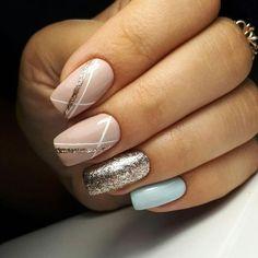 Nail Polish Strips: How to Use Nail Striping Tape with Gel Polish? Nagellack Design, Nagellack Trends, Stylish Nails, Trendy Nails, Nail Manicure, Diy Nails, Nail Striping Tape, Blue Nails, Glitter Nails