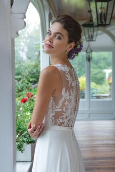 This chiffon A-line wedding dress will accentuate your figure in all the right ways. Featuring beaded lace detail along the V-neckline that flows into the illusion back. Sweetheart Bridal, Sweetheart Wedding Dress, Wedding Dress Trends, Dream Wedding Dresses, Allure Couture, Allure Bridal, A Line Gown, Dream Dress, Bridal Gowns