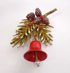 Signed ART Brooch Pin Christmas Pine Cones Holly Gold Tone 902 By  JellyBellyJewels On Etsy