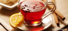 A hot toddy is a great way to warm up your customers on windy, winter nights. Quick and easy to make, the hot toddy will warm the cockles of your heart. Cider Cocktails, Bourbon Drinks, Fall Cocktails, Winter Drinks, Christmas Cocktails, Holiday Drinks, Bourbon Whiskey, Party Drinks, Toddy Drink