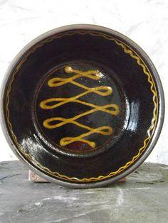 Hannah McAndrew Slipware Potter