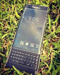 """#inst10 #ReGram @mumu_mark: 藍天綠地#priv #blackberryphotos #blackberryclubs #newblackberry#blackberry #qwerty ...... #BlackBerryClubs #BlackBerryPhotos #BBer ....... #OldBlackBerry #NewBlackBerry ....... #BlackBerryMobile #BBMobile #BBMobileUS #BBMibleCA ....... #RIM #QWERTY #Keyboard .......  70% Off More BlackBerry: """" http://ift.tt/2otBzeO """"  .......  #Hashtag """" #BlackBerryClubs """" ......."""