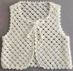 Stricken Anleitung :Crochet vest for your children Crochet Jacket Pattern, Crochet Poncho, Crochet Lace, Crochet Flower, Crochet Girls, Crochet Baby Clothes, Knit Baby Sweaters, Baby Knitting Patterns, Kind Mode