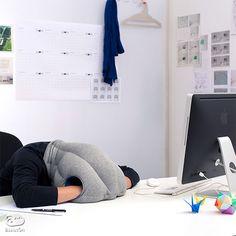 仕事や学習の集中力を高めるための「お昼寝」、Power-Napを効率よく取るため、専用に作りました。繭のように包んで快適な眠りをつくりだします。