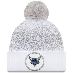 Men s Charlotte Hornets New Era White On-Court Cuffed Knit Hat With Pom 0468e9203
