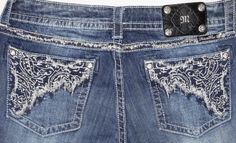 MISS ME STRAIGHT LOW RISE STRETCH JEANS RHINESTONES STUDS FRAY SIZE 24/ 32 #MissMe #Relaxed