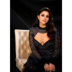 Sisters Parineeti Chopra and Priyanka Chopra have finally got a chance to work along side Bollywood Actress Hot Photos, Indian Actress Hot Pics, Bollywood Girls, Bollywood Celebrities, Indian Actresses, Indian Bollywood, Hot Actresses, Bollywood Fashion, Beautiful Girl Indian