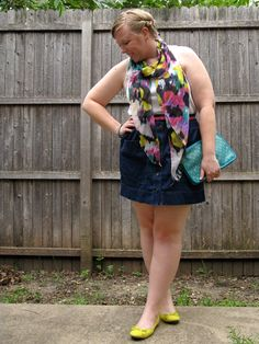 DIY FATSHION: 10x30: NEON RAINBOW - I like that the primary outfit pieces are basic staples, and the outfit is really made with statement accessories.