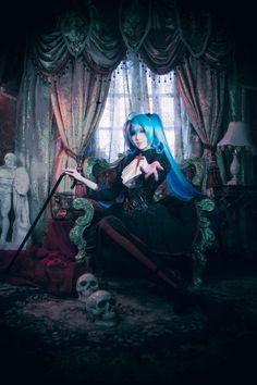 goth fashion | Tumblr Goth, Tumblr, Cosplay, Poses, Photography, Painting, Fashion, Gothic, Figure Poses
