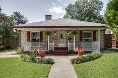 Austin stone bungalow // Classic front porch