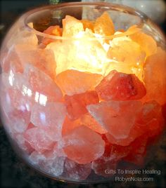 Himalayan Salt Lamp: Glass Bowl Lamp with Salt Crystals. As Himalayan salt lamp warms up with the light bulb it emits negative ions into the air. This process may help relieve symptoms of Asthma, Sinusitis and common allergies. Feng Shui, Reiki Room, Zen Room, Himalayan Salt Lamp, Meditation Space, Meditation Garden, Spa Rooms, My New Room, Krystal