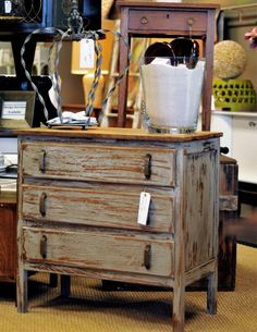 Clutter #savannah #georgia #vintage #refurbished #shoplocal