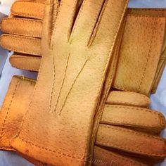 Peccary Gloves from Omega Guanti Napoli At www.zampadigallina.com